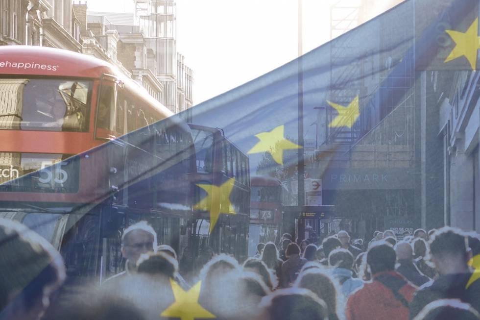 London bus and EU flag