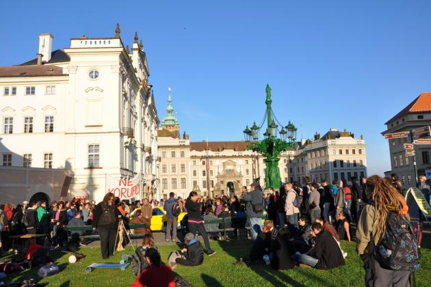 Demonstration in Prague castel